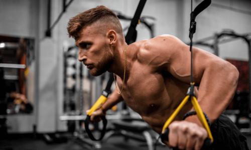 Come allenare le Spalle a Corpo Libero (Migliori Esercizi)